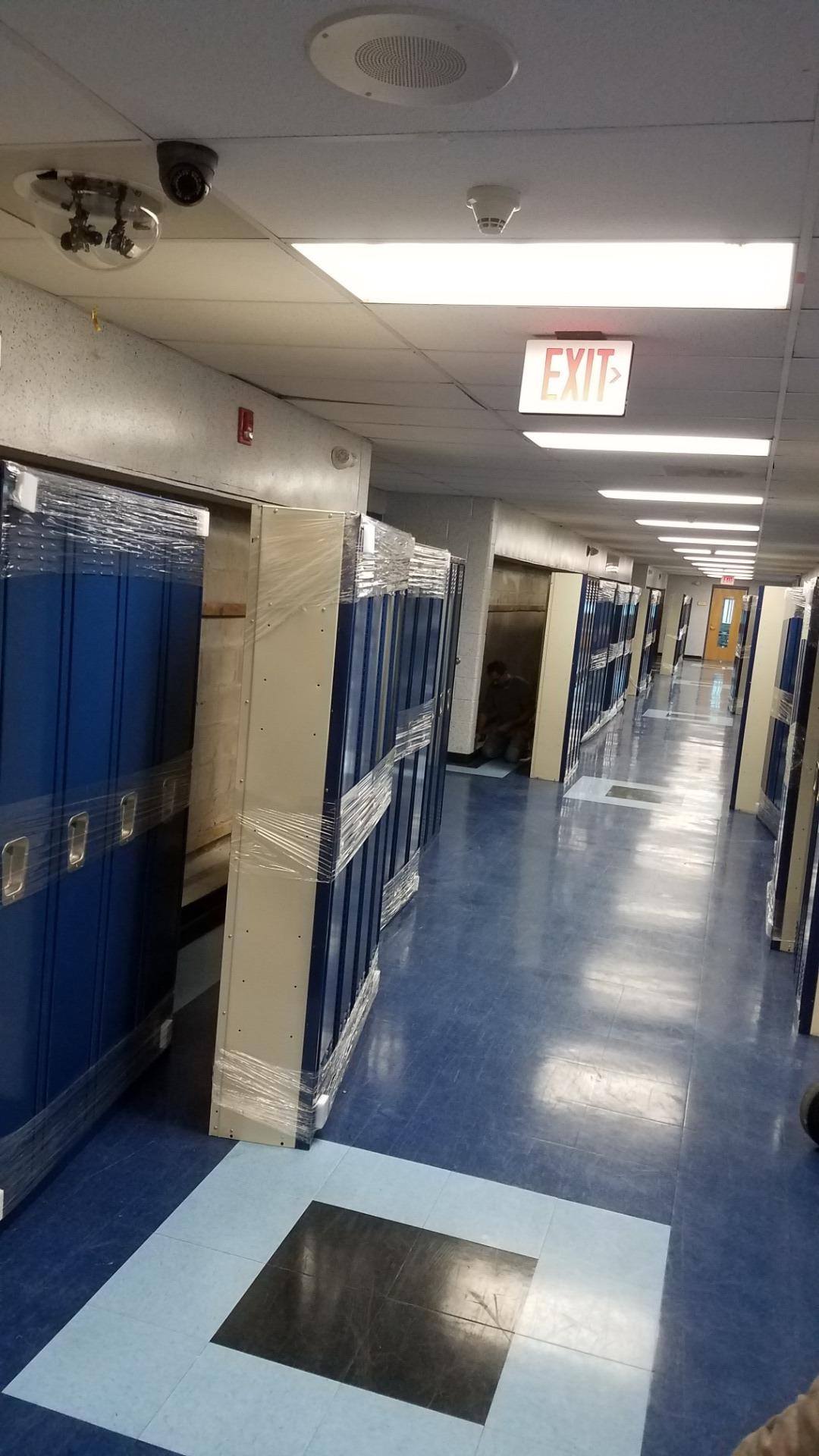 lockers HSN