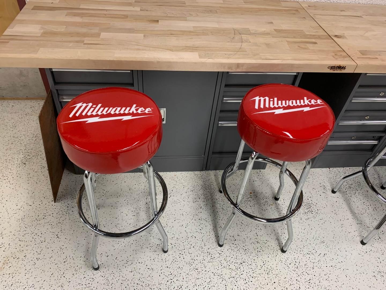 Milwaukee Tools stools2
