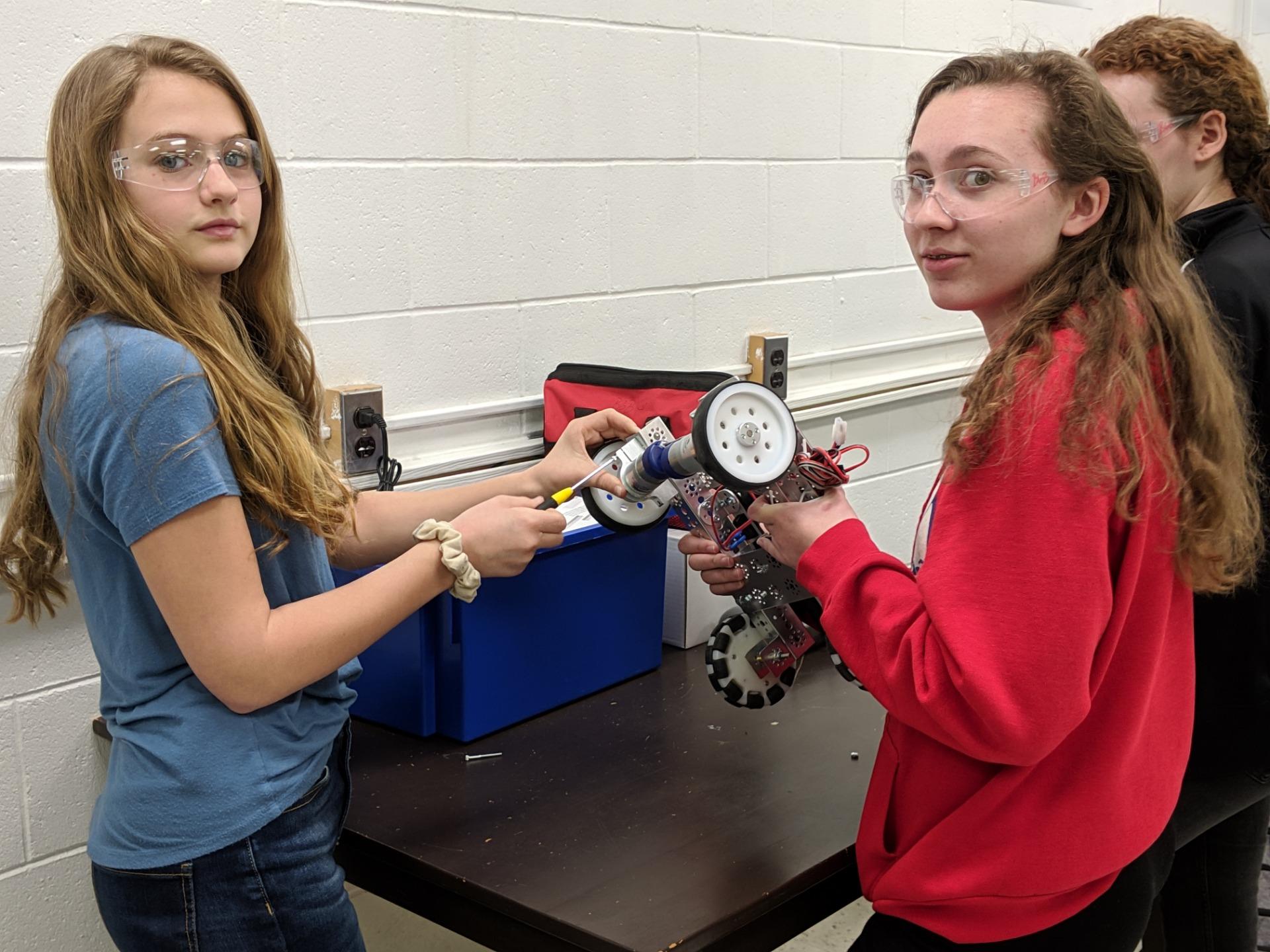 IN Robotics 8